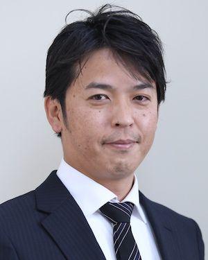 若梅秀孝さん:「原一探偵事務所」調査部所属。探偵のプロ中のプロ、調査業務と後輩の指導にあたっている。