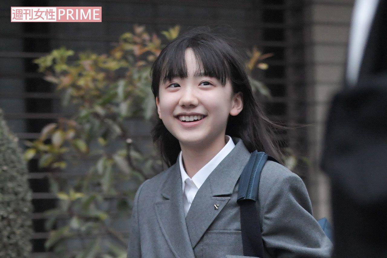 画像・写真】芦田愛菜、着物で両陛下を祝賀もあまりに知的で