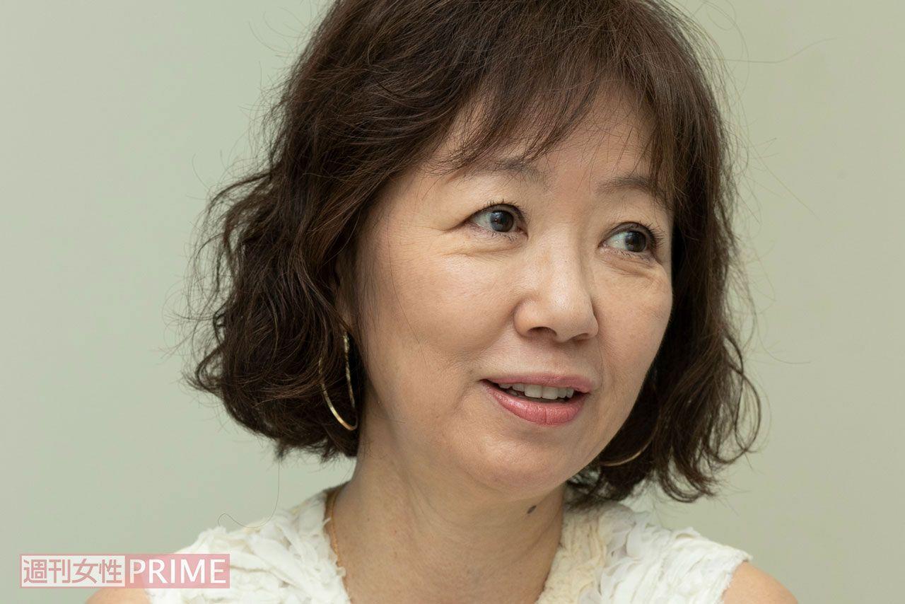 浅田美代子が動物愛護法改正に向け署名活動 彼女が見た『悪徳繁殖業 ...