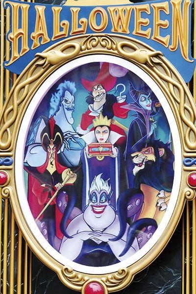 [photo]中央=ウィックド・クイーン(白雪姫)、中央上から時計回りに、キャプテン・フック(ピーターパン)、マレフィセント(眠れる森の美女)、スカー(ライオンキング)、アースラ(リトル・マーメイド)、ジャファー(アラジン)、ハデス(ヘラクレス)。ディズニーで最強のワルは誰?