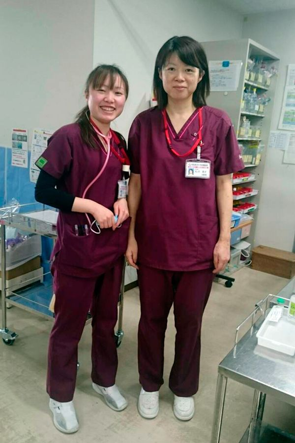 [写真]済生会前橋病院の同僚と