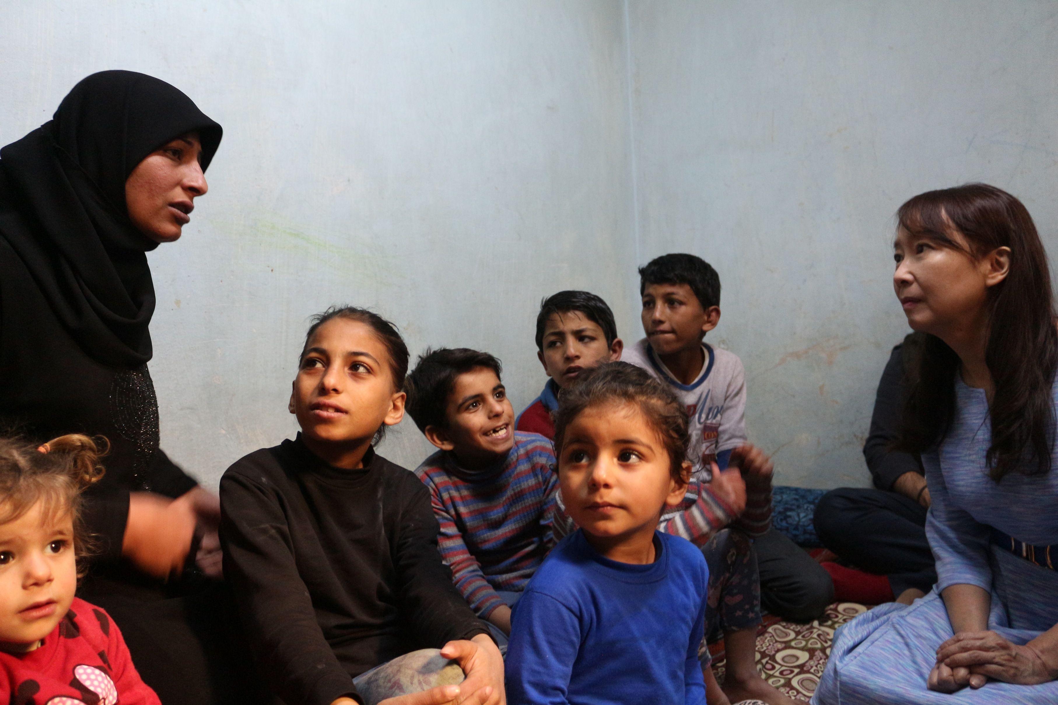アグネス・チャンも思わず涙…シリア難民キャンプの今