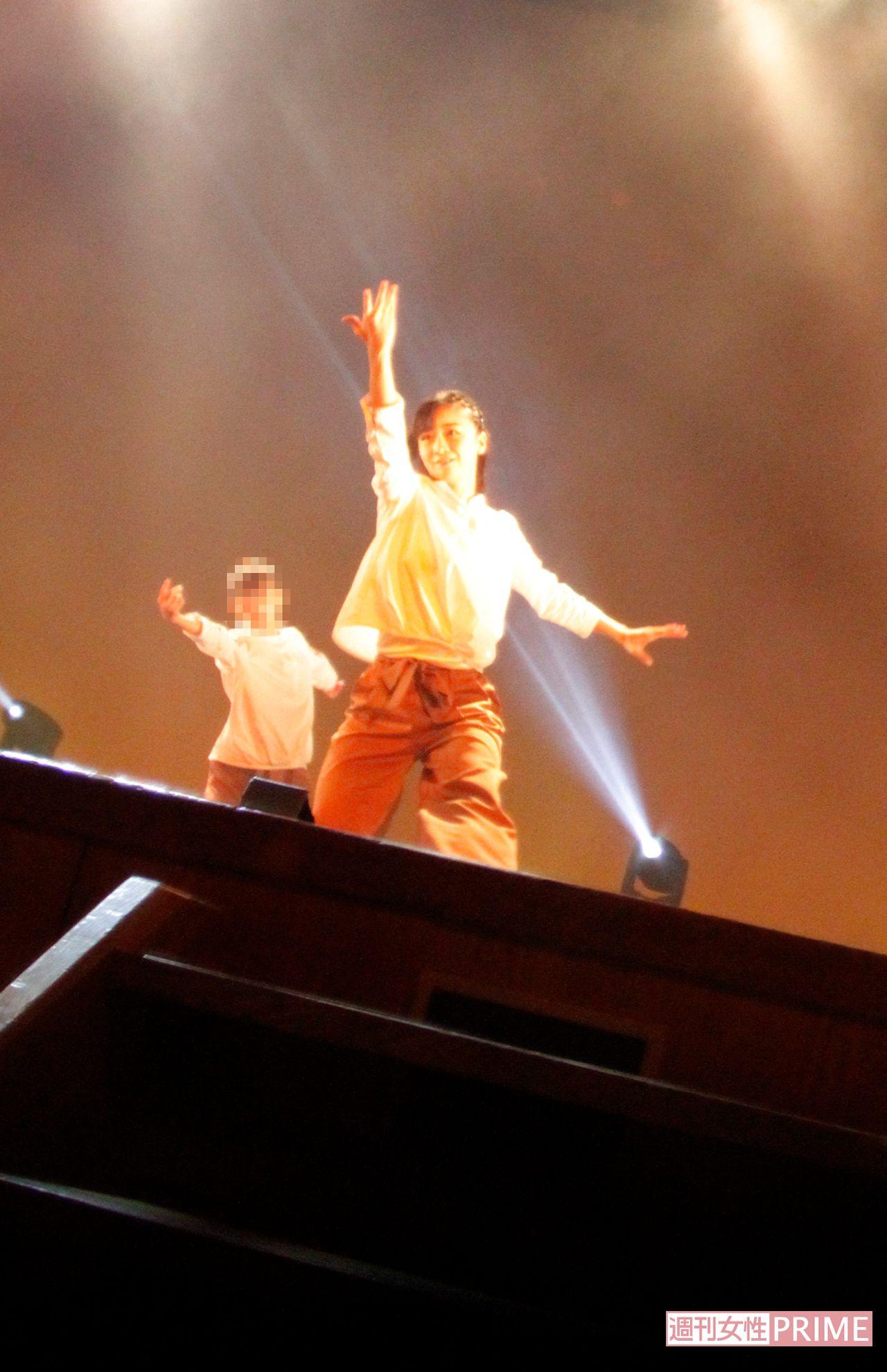 秋篠宮家の次女・佳子さま、ヒップホップダンススクール発表会で