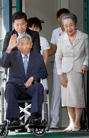 三笠宮さまのご心労になっていた長男・寬仁さまの「DV」と信子妃と彬子 ...
