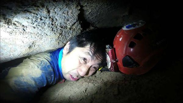 ◆「恐怖と神秘の洞窟探検」(放送日:2015年5月14日) 国内外1000以上の洞窟を探検した「洞窟探検家・吉田勝次」が登場。彼は、ただ洞窟に入るだけでなく「人がまだ足を踏み入れていない、人類未踏の洞窟を探検する」という強い信念を持つ。当然、地図なしで洞窟内を進んで行くため、死にそうになることなど日常茶飯事。そんな探検の中で目にした、「地底に眠る神秘の絶景」「死ぬかと思った難所ワースト3」とは?